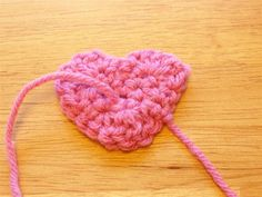 Crochet Heart step-by-step - 20 photos to make it easy!
