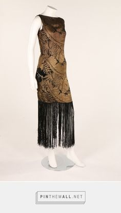 A black and gold lamé dress, late 1920s. These colors this style for all things paint and design.