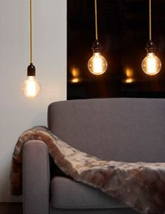 Gaaf alleen wat mooie peertjes als lamp boven de - Suspension plusieurs ampoules ...