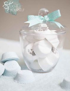 Make a jar of luxe bath bombs to encourage her to take a dang break for once.
