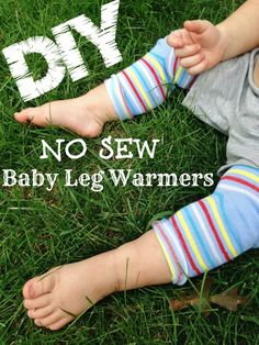 Tutorial for DIY NO SEW Baby Leg Warmers - this will be PERFECT for the cold winter months and a frugal baby gift! As little as $.50 a pair!! WOW!