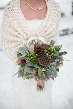 Bridal Cape/Wedding Shawl/Winter Wedding/Bridal door ElegantKnitting