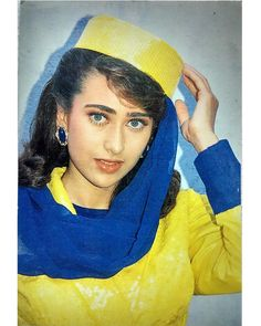 VK is the largest European social network with more than 100 million active users. Arab Actress, Bollywood Actress, Beautiful Girl Indian, Most Beautiful Indian Actress, Karisma Kapoor, Vintage Bollywood, Indian Beauty Saree, Bollywood Stars, Celebs