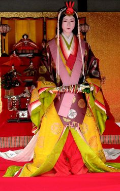 Juni-hitoe (twelve-layered ceremonial kimono) is a ceremonial robe that was the proper attire for court ladies and daughters of the warrior-class families in the Heian Period and after.