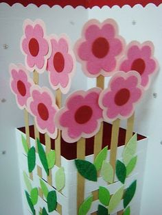 Lin Handmade Greetings Card: Quilled flowers