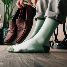 Shop for the Hollywood Solid Light Green Sock, a Light Green Carded Cotton Sock by Sock Genius. Green Socks, Preppy Mens Fashion, New Class, Spring Fashion, Men's Fashion, Loafers Men, Casual Shoes, Oxford Shoes, Dress Shoes