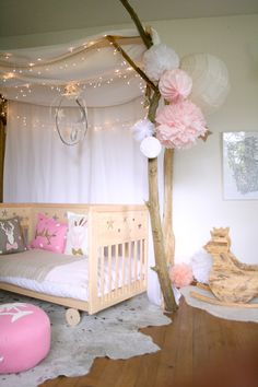 There's a princess inside all of us. And make it come true by designing the irresistible princess themed kids room for your lovely daughters. Baby Bedroom, Nursery Room, Girls Bedroom, Little Girl Rooms, Kid Spaces, Kids Decor, Kids And Parenting, Diy For Kids, Room Decor