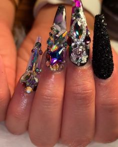 80 ideas to create the best Halloween nail decoration - My Nails Junk Nails, Polygel Nails, Dope Nails, Stiletto Nails, Swag Nails, Bling Acrylic Nails, Rhinestone Nails, Bling Nails, Glitter Nails