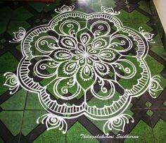 Rangoli Designs Latest, Latest Rangoli, Colorful Rangoli Designs, Rangoli Designs Images, Beautiful Rangoli Designs, Henna Mandala, Mandala Drawing, Mandala Art, Rangoli Ideas