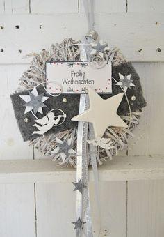 Adventskranz - Türkranz Weihnachten Stern, 25 cm Grau/Weiß - ein Designerstück von ems-floristik bei DaWanda