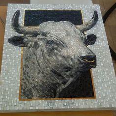 #mirkoconfidati #mosaico #mosaicoartistico #mosaici #mosaic #mosaicopolicromo #tesseremosaico #smaltiveneziani #tesserelapidee #toro #toroinmosaico #mosaics
