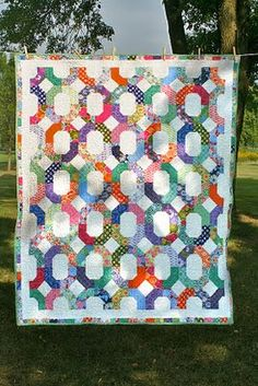 Great quilt using a jelly roll. A good tutorial at Moda Bake Shop. Called Cross-Terrain Quilt.