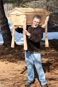 Wildhive's Swarm Thrower Top Bar Bee Hive: Keeping bees healthy by treating them right.