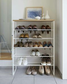 White Tower Six-Tier Shoe Rack. Keep all your favorite kicks neat and organized with this polished shoe rock, featuring a wooden top for extra storage.