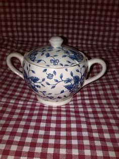 Royal Tudor Grindley Bouquet Blue suikerpot groot