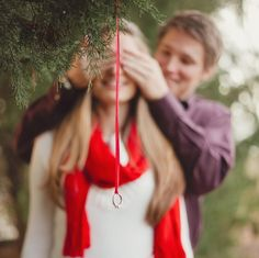 A Christmas Proposal / by Q Avenue Photo. oh my gosh, I'm gonna die of cuteness. Oh my gosh i want a Christmas proposal! Christmas Proposal, Christmas Wedding, Christmas Engagement, Winter Proposal, Winter Engagement, Wedding Proposals, Marriage Proposals, Propositions Mariage, Perfect Wedding