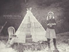 Props - Teepee, chair, antique style camera