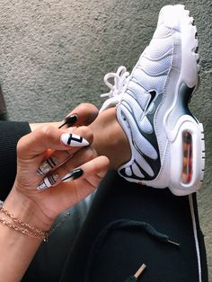 Women shoes Professional Pencil Skirts - Women shoes For Work Business Flats - Women shoes Sneakers - - Women shoes 2019 Spring - Women shoes High Heels Pump Peep Toe Sneakers Fashion, Shoes Sneakers, Shoes Heels, High Heels, Cute Shoes, Me Too Shoes, Tn Nike, Sneaker Heels, Nike Outfits