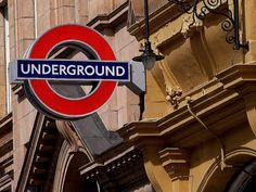 London Underground. Please mind the gap.