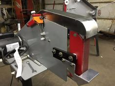 Belt Sander by xwrench -- Homemade belt sander fabricated from steel and powered by a 1 HP motor. http://www.homemadetools.net/homemade-belt-sander-40