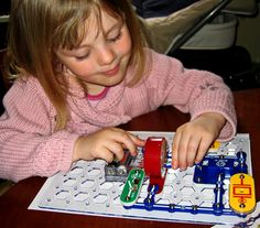 Prepare to engineer 101 exciting, useful electronic gadgets & play lively electronic games with Snap Circuits Jr!