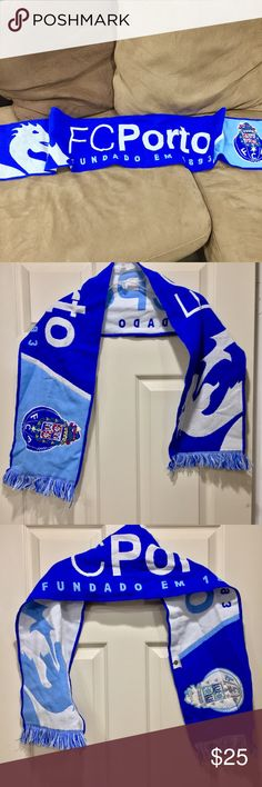 "FC Porto knit Futbol team scarf Awesome fan item in pristine condition! Wear proudly at the dragon stadium! Authentic team memorabilia. 8.5"" wide, 54"" long Accessories Scarves & Wraps"