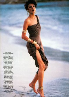Linda Evangelista | Photography by Patrick Demarchelier | For Vogue Magazine US | June 1990