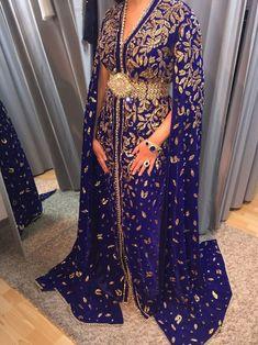 Caftan Morrocco Jellaba Caftan D'or Moroccan Caftan, Abaya Fashion, Pretty Dresses, Beautiful Dresses, Somali Wedding, Kaftan Designs, Mother Of Groom Outfits, Caftans, Caftan Dress
