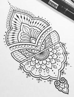 Mandala i want to tattoo. line art ink doodle drawing zentangle Mandala Arm Tattoo, Tatoo Henna, Mandala Sleeve, Henna Mandala, Simple Mandala Tattoo, Simple Tatto, Mandala Doodle, Mandala Art Lesson, Mandala Tattoo Design