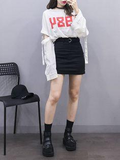 Trendy clothing on korean street fashion 269 Korean Street Fashion, Korean Girl Fashion, Korean Fashion Trends, Ulzzang Fashion, Korea Fashion, Harajuku Fashion, Kpop Fashion, Cute Fashion, Asian Fashion