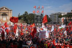 """#Grecia. #Fiom: """"Basta con le politiche dell'austerità. Partecipiamo alla manifestazione di sabato 14 febbraio"""