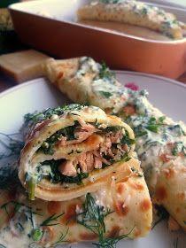 Naleśniki z łososiem i szpinakiem / Salmon and Spinach Crepes Crepe Recipes, Tzatziki, Spinach, Nom Nom, Grilling, Frozen, Fish, Meals, Diet