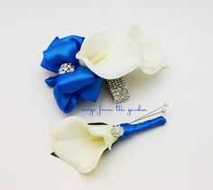 Royal Blue and White Callas and Rhinestones Real Touch Wedding Boutonniere and Corsage - Wedding Homecoming Prom Corsage by SongsFromTheGarden on Etsy Calla Lily Boutonniere, Corsage And Boutonniere, Wedding Boutonniere, Boutonnieres, Groomsmen Boutonniere, Corsage Wedding, Bridesmaid Bouquet, Bride Bouquets, Homecoming Corsage