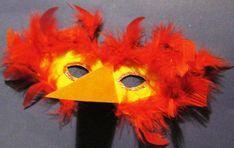 Step-by-Step Bastelanleitungen: Masken basteln -- Schritt 2