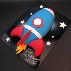 Rocket Cake for Nash Rocket Ship Cakes, Rocket Ship Party, Rocket Cake, Rocket Birthday Parties, 4th Birthday Cakes, Birthday Ideas, Gateau Harry Potter, Decoration Patisserie, Space Party