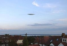 Many Portsmouth residents were surprised, even alarmed, to see what appeared to be a flying saucer over the south coast. UFO sightings in the United Kingdom have been mostly left to. Aliens And Ufos, Ancient Aliens, Portsmouth, Ufos Are Real, Office Meeting, Flying Saucer, Crop Circles, Mirrors Online, Ufo Sighting