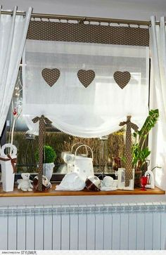 kitchen curtains and curtains Burlap Curtains, Curtains With Blinds, Valance Curtains, Porch Valance, Short Curtains, Valances, Shabby Chic Kitchen, Shabby Chic Decor, Window Coverings