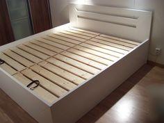 Výsledek obrázku pro drevena postel s uloznym prostorem