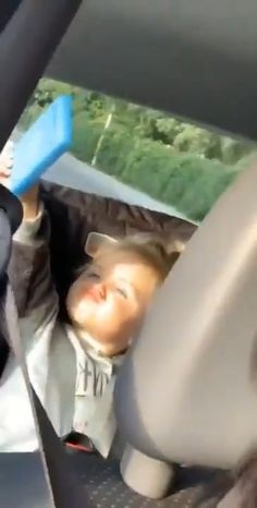Cute Funny Baby Videos, Funny Baby Memes, Funny Vidos, Cute Funny Babies, Super Funny Videos, Funny Videos For Kids, Funny Short Videos, Crazy Funny Memes, Really Funny Memes