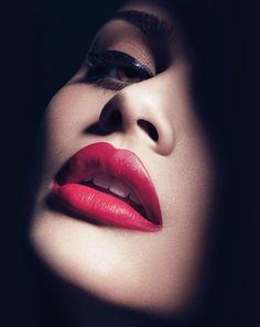 Sweet Girl Photo, Close Up Faces, Girls Lips, Beauty Makeup Photography, Glamour Beauty, Beauty Shoot, Face Photo, Blush Brush, Beautiful Lips