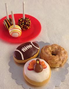 Hey, I found this really awesome Etsy listing at https://www.etsy.com/listing/209228770/fall-donuts-and-cake-pops-13-scale