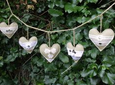 Burlap heart garland by peacockinapeartree on Etsy, £10.00