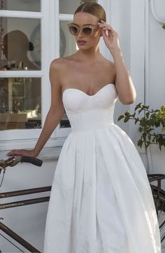 modern chic julie vino wedding dress