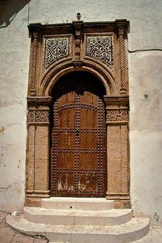 p-lanet-e-arth:  Africa | Door in the Sale Medina. Morocco. © Christopher Rose