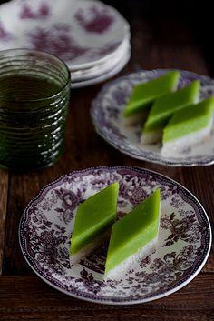 Seri Muka--Indian?  Rice/Coconut/Steamed Custard  Calls for Pandan Leaves of Pandan Paste