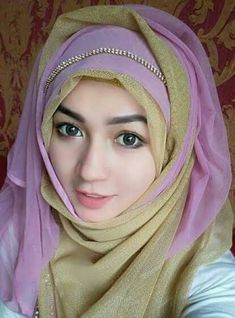 Hijabi Girl, Girl Hijab, Beautiful Girl Photo, Beautiful Hijab, Hajib Fashion, Muslimah Clothing, Islamic Wallpaper Hd, Hijab Style Tutorial, Muslim Hijab
