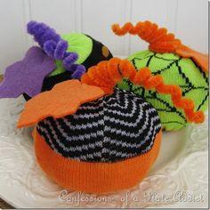 DIY Pumpkin Craft : DIY Easy Halloween Sock Pumpkins