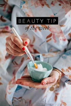 beauty tip of the week: combat puffy eyes with egg whites! | via: the glitter guide