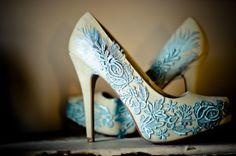 Blue lace pumps