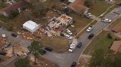 Pensacola tornado damage WEAR